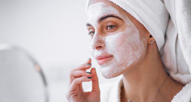 Mascarillas naturales para combatir las manchas de la piel
